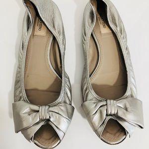 Valentino silver bow ballet flat peep toe shoes 38